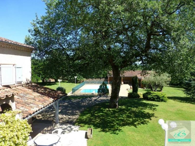 Deluxe sale house / villa Burlats 680000€ - Picture 2