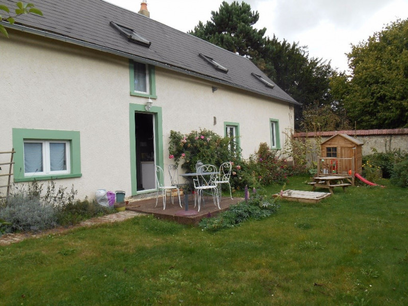 Sale house / villa Crevecoeur 182000€ - Picture 1