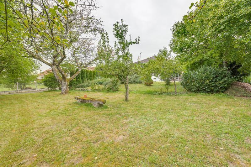 Sale house / villa Chassey les montbozon 213500€ - Picture 1