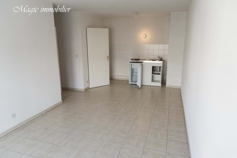 Rental apartment Bellegarde sur valserine 614€ CC - Picture 2