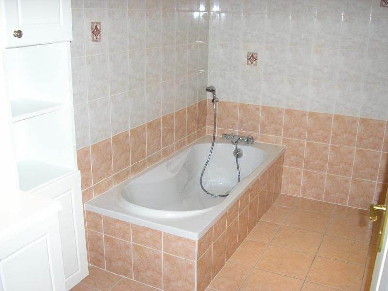Location appartement Vieu d izenave 618€ CC - Photo 4