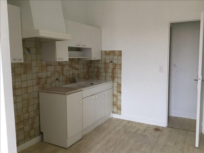 Location appartement Tournon-sur-rhone 460€ CC - Photo 3