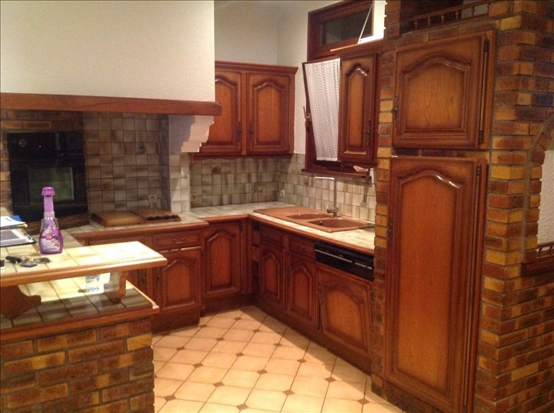 Sale house / villa St quentin 107500€ - Picture 1