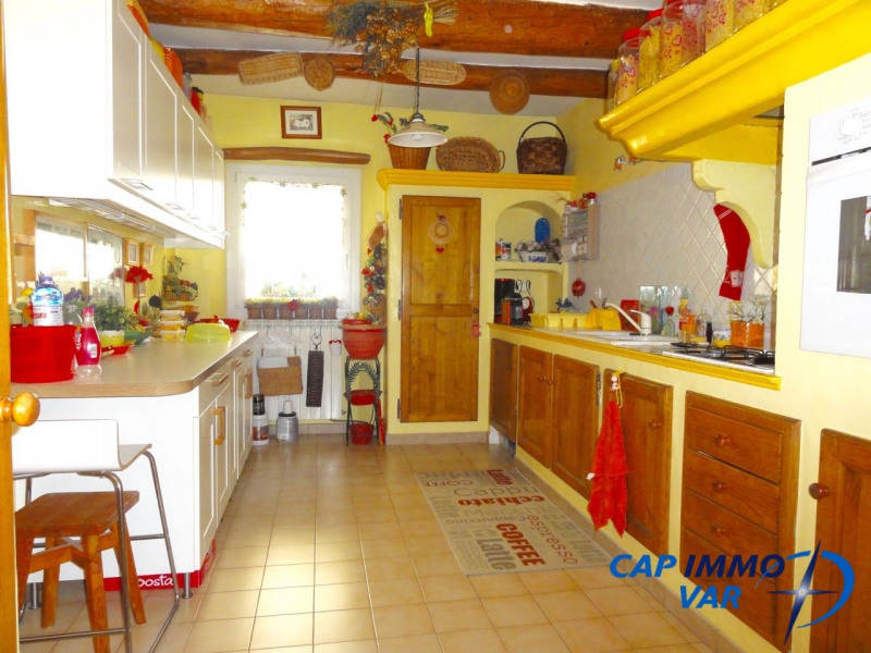 Vente maison / villa Le beausset 378 000€ - Photo 6