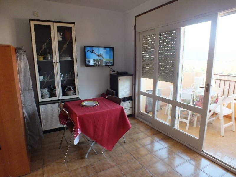 Vacation rental apartment Roses-santa margarita 272€ - Picture 7
