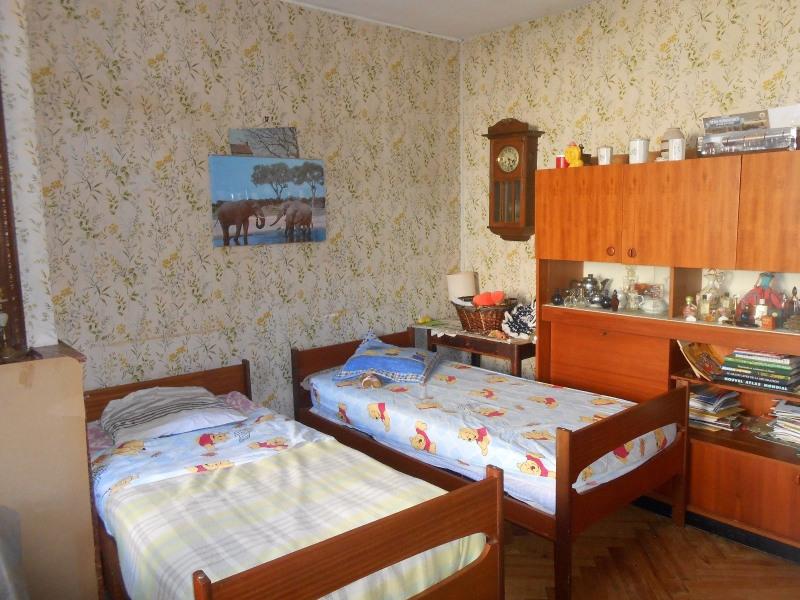 Sale house / villa Le fouilloux 233000€ - Picture 10
