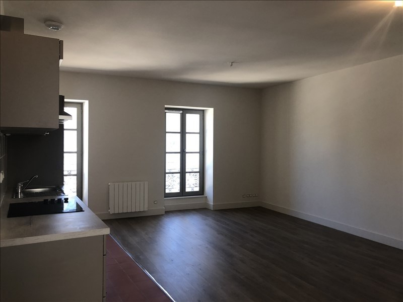 Location appartement Nimes 436€ CC - Photo 2