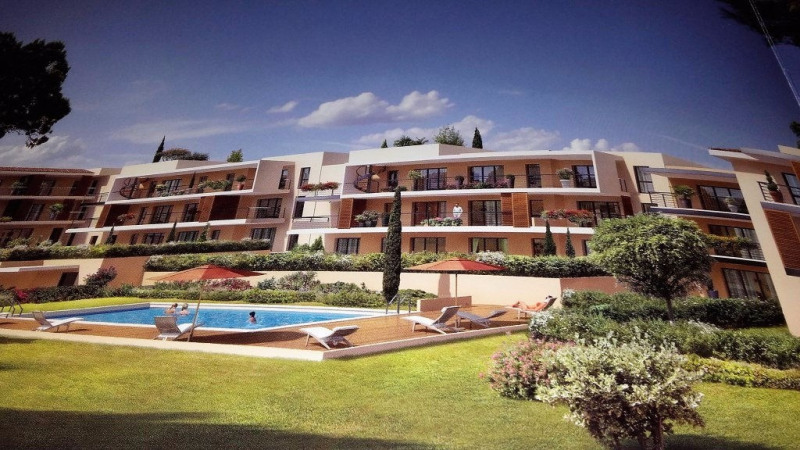 Rental apartment Frejus 907€ CC - Picture 1