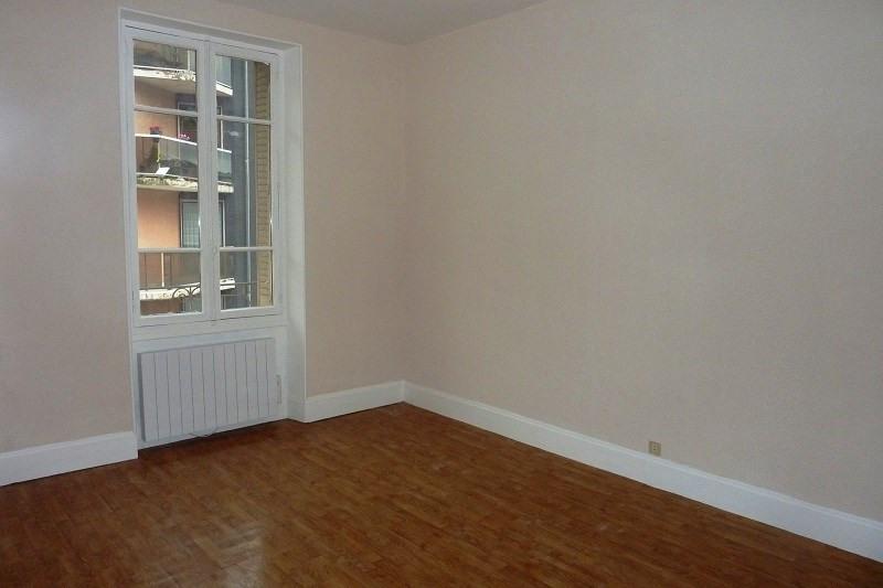 Rental apartment Aix les bains 435€ CC - Picture 2