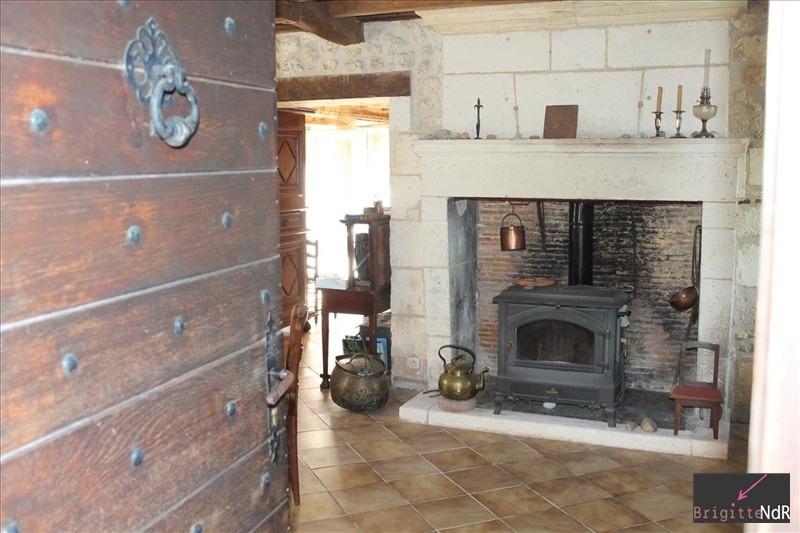Deluxe sale house / villa Cherval 282000€ - Picture 3