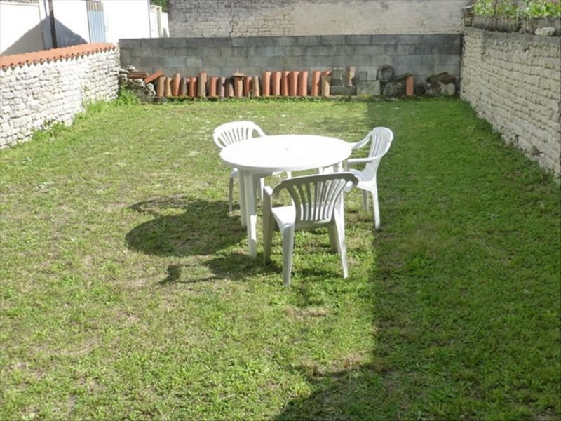 Sale house / villa St jean d angely 84 240€ - Picture 7