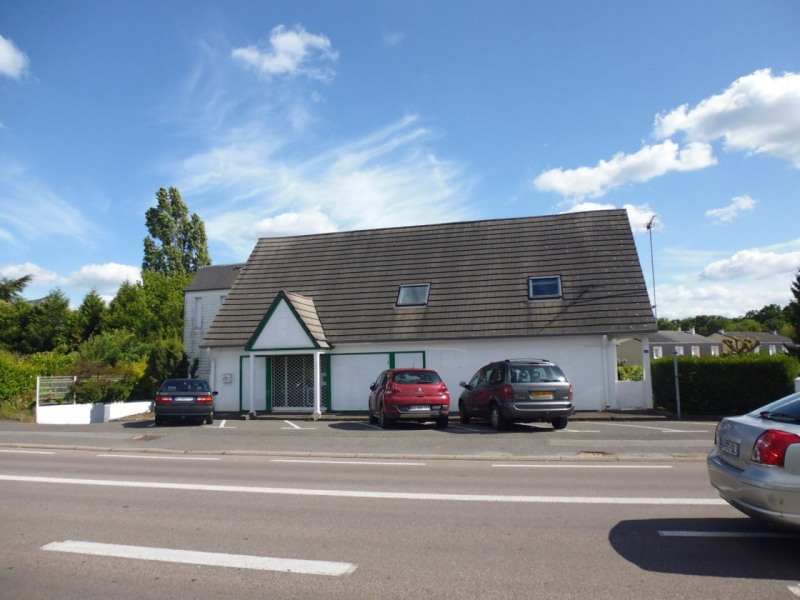 Location Local commercial Saint-Sébastien-de-Morsent 0
