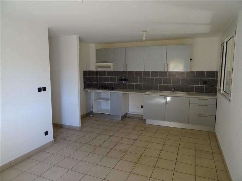 Sale apartment St pierre 153000€ - Picture 1