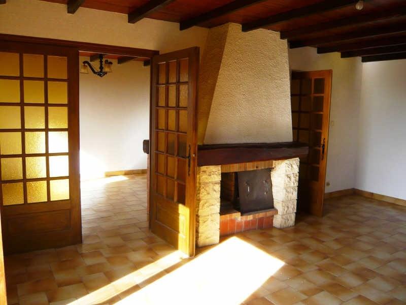Rental house / villa La tour du pin 910€ CC - Picture 2