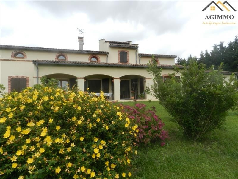 Deluxe sale house / villa L isle jourdain 627000€ - Picture 1