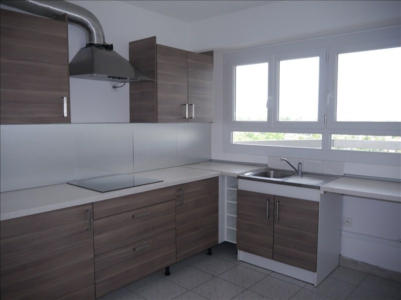 Location appartement Marly le roi 1 258€ CC - Photo 1