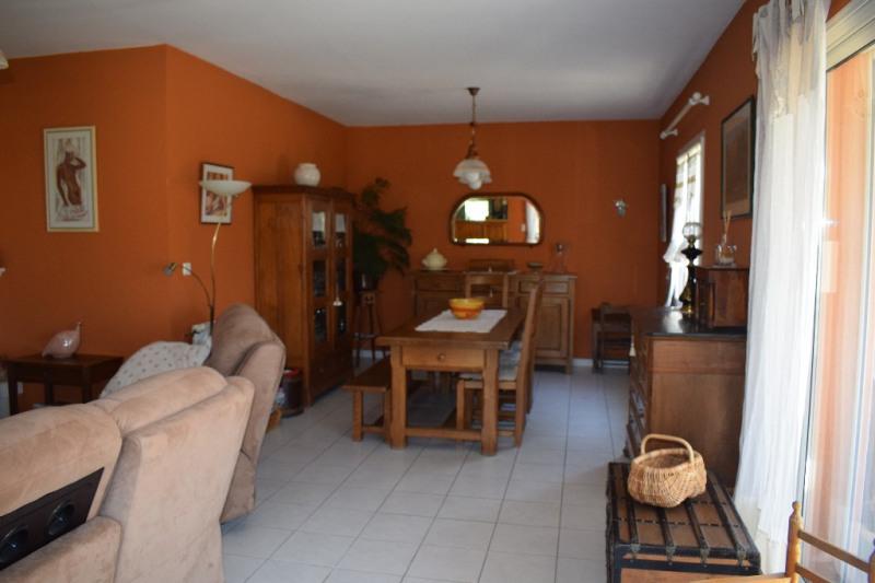 Sale house / villa Beaucaire 282000€ - Picture 4