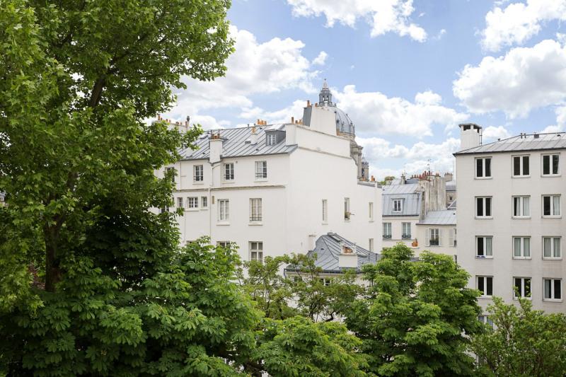 Paris 5th District – A superb duplex apartment.