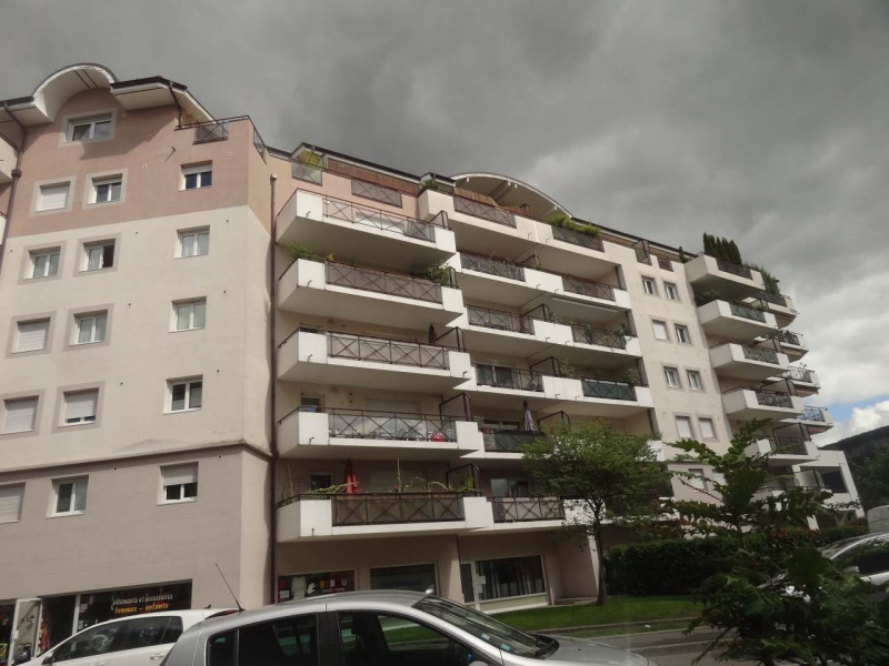 Deluxe sale apartment Gaillard 770000€ - Picture 6