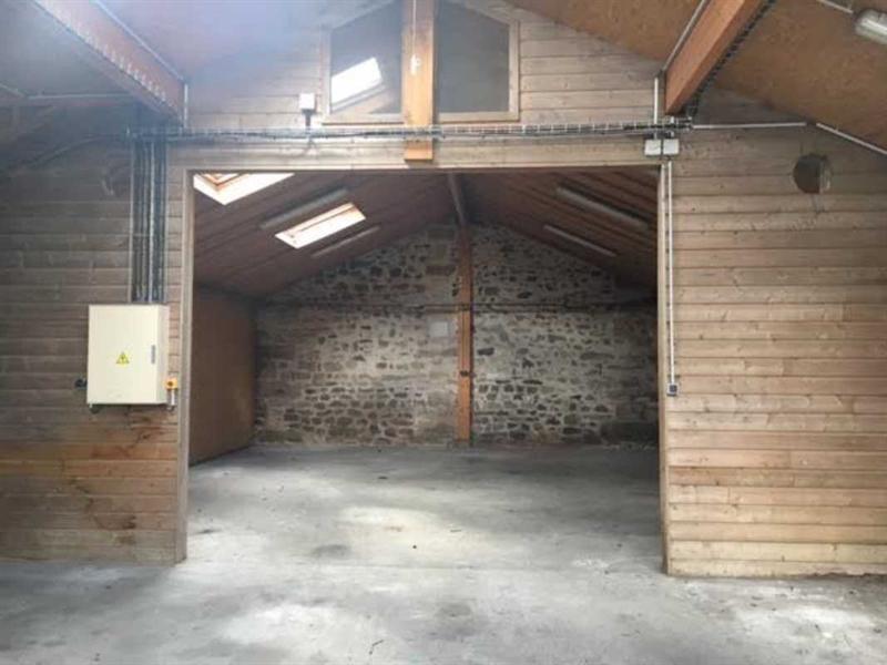 Location Local d'activités / Entrepôt Livilliers 0