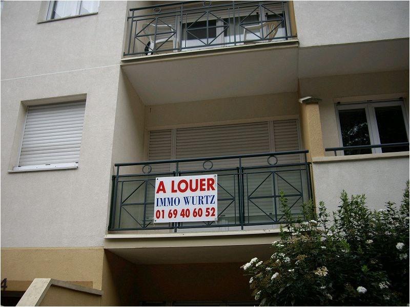 Rental apartment Montgeron 775€ CC - Picture 2