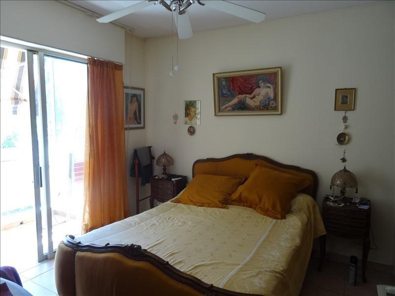 Sale apartment Frejus 303000€ - Picture 5