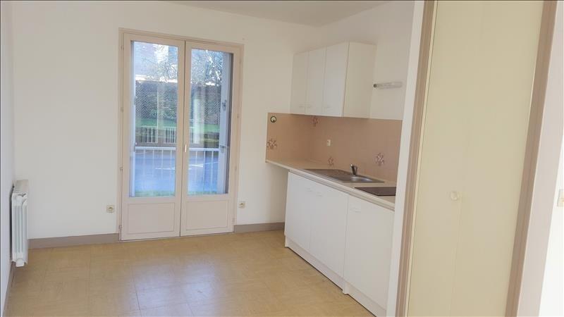 Location appartement Quimperle 322€ CC - Photo 1