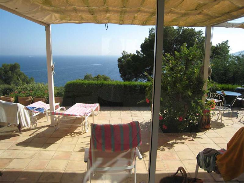 Vacation rental house / villa Cavalaire sur mer 2 500€ - Picture 7