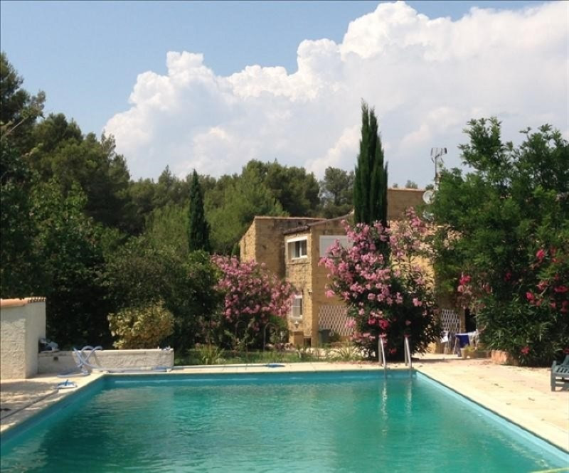 Location maison / villa Cornillon confoux 1830€ CC - Photo 2