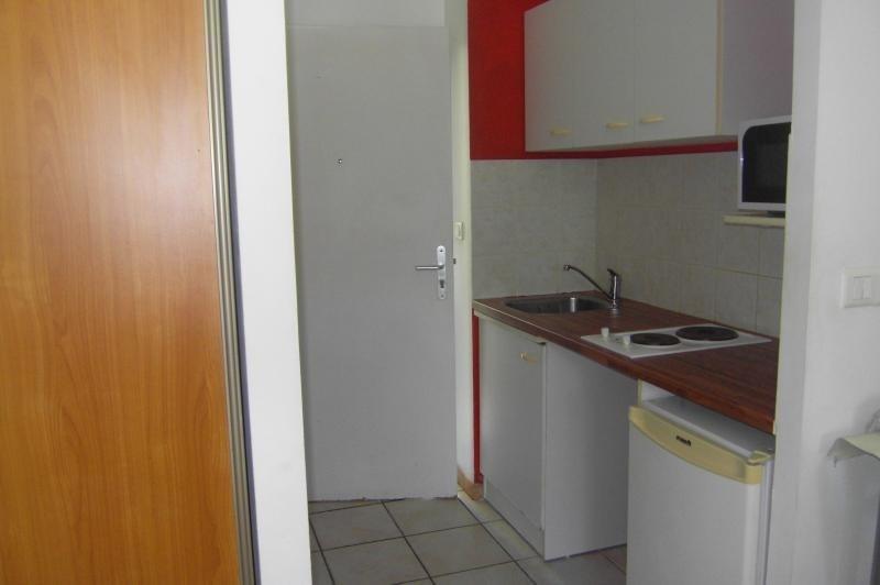 Alquiler  apartamento St denis 460€ CC - Fotografía 3