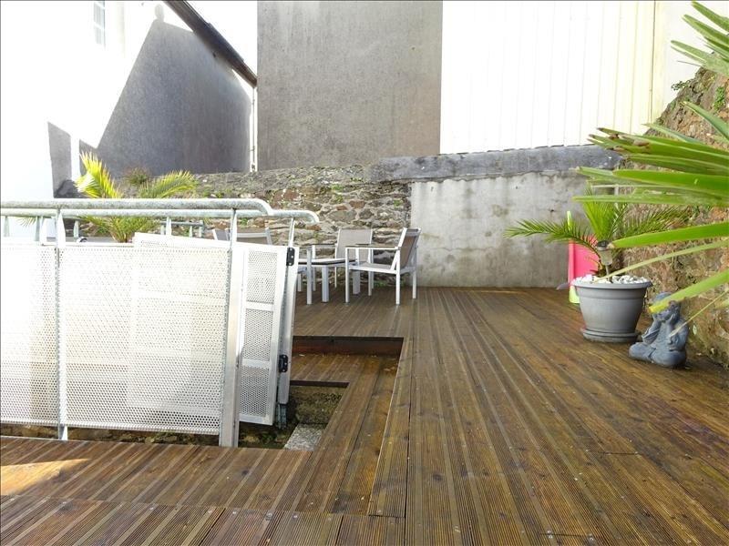 Sale house / villa Brest 220000€ - Picture 1