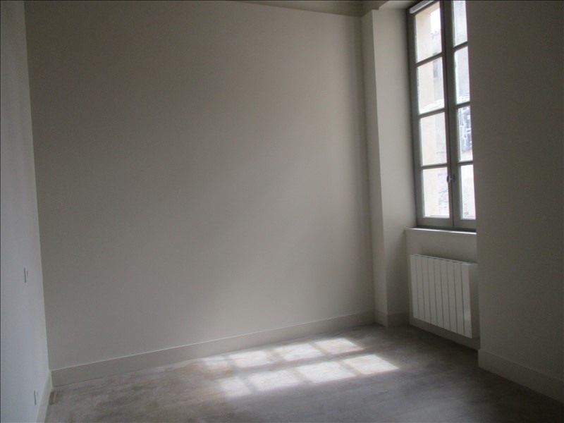 Location appartement Nimes 571€ CC - Photo 5