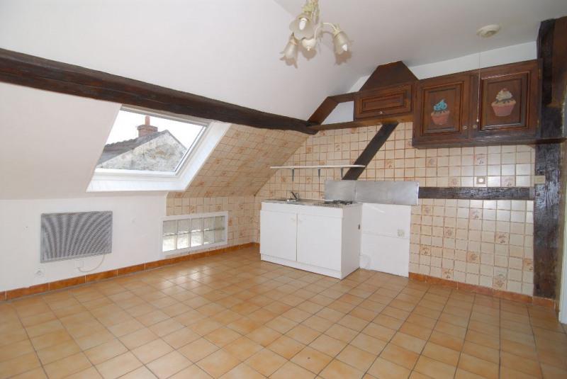 Rental apartment La ville du bois 520€ CC - Picture 1