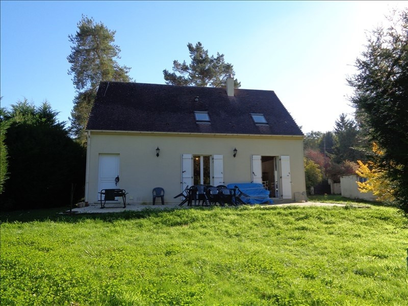 Sale house / villa Le val st germain 382 000€ - Picture 1