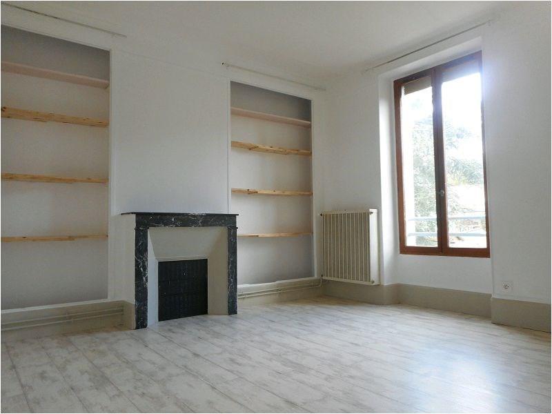 Rental apartment Corbeil essonnes 605€ CC - Picture 2