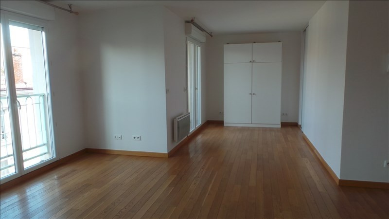 Rental apartment Asnieres sur seine 900€ CC - Picture 2