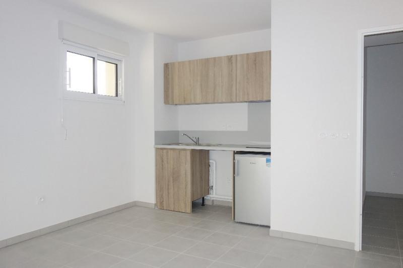 Verhuren  appartement Londe les maures 670€ CC - Foto 6