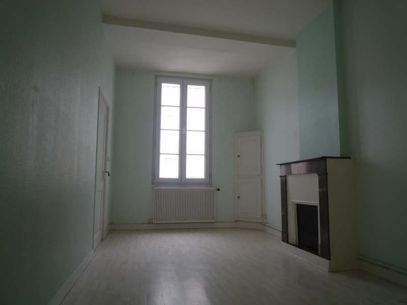 Location appartement La rochefoucauld 560€ CC - Photo 5