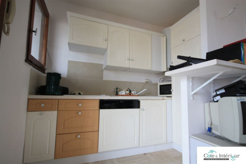 Sale apartment Les sables d olonne 132000€ - Picture 4