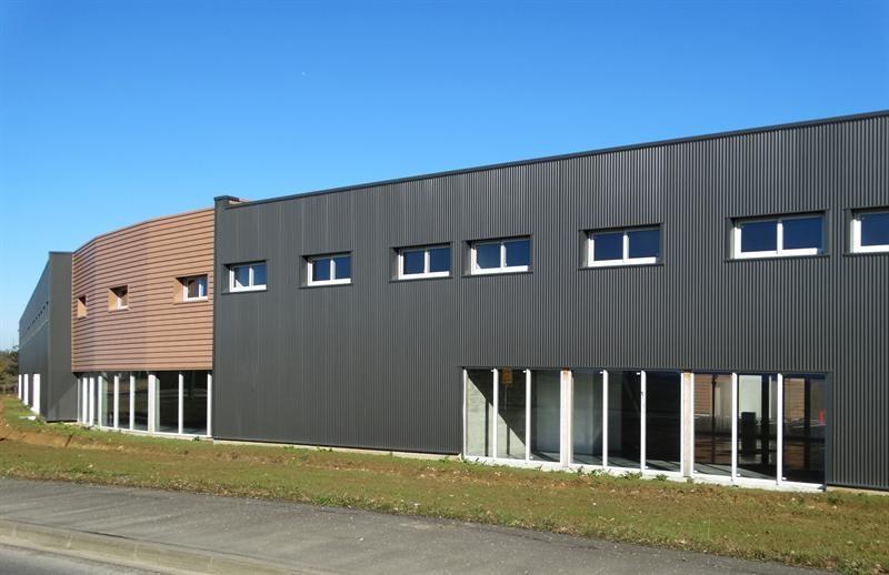 Location Local d'activités / Entrepôt Gazeran 0