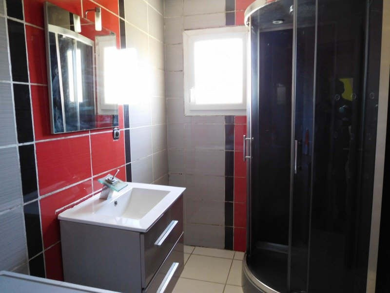 Vente maison / villa St savin 149000€ - Photo 3