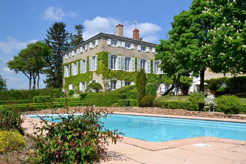 Deluxe sale house / villa La roche vineuse 945000€ - Picture 1