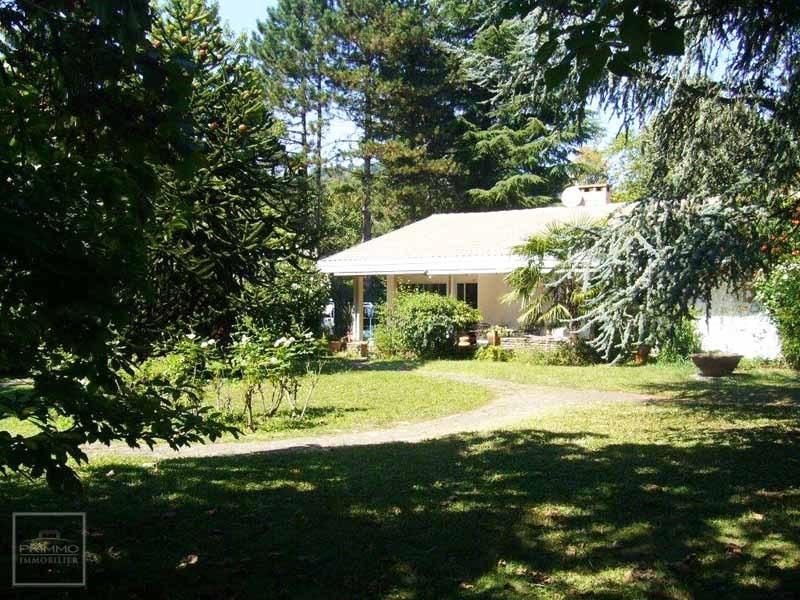 Deluxe sale house / villa Saint cyr au mont d'or 835000€ - Picture 3