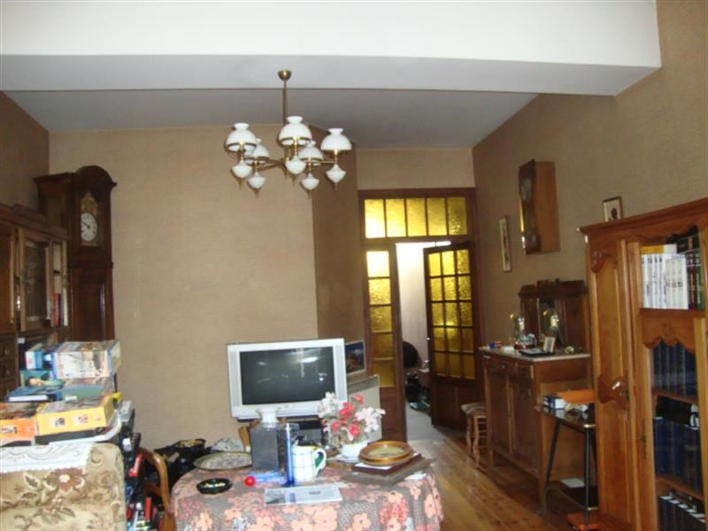 Sale house / villa Saint-jean-d'angély 64 500€ - Picture 4
