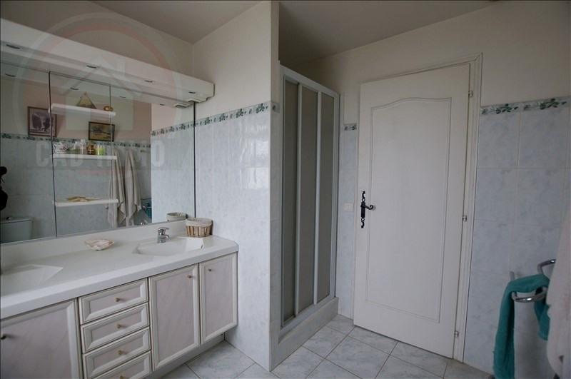 Sale house / villa Queyssac 285000€ - Picture 13