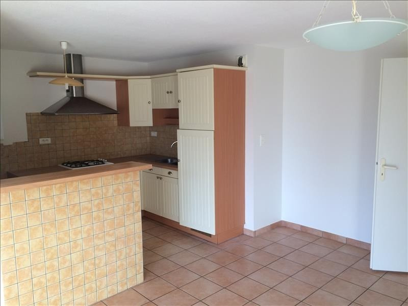 Location appartement Sebazac concoures 510€ CC - Photo 2