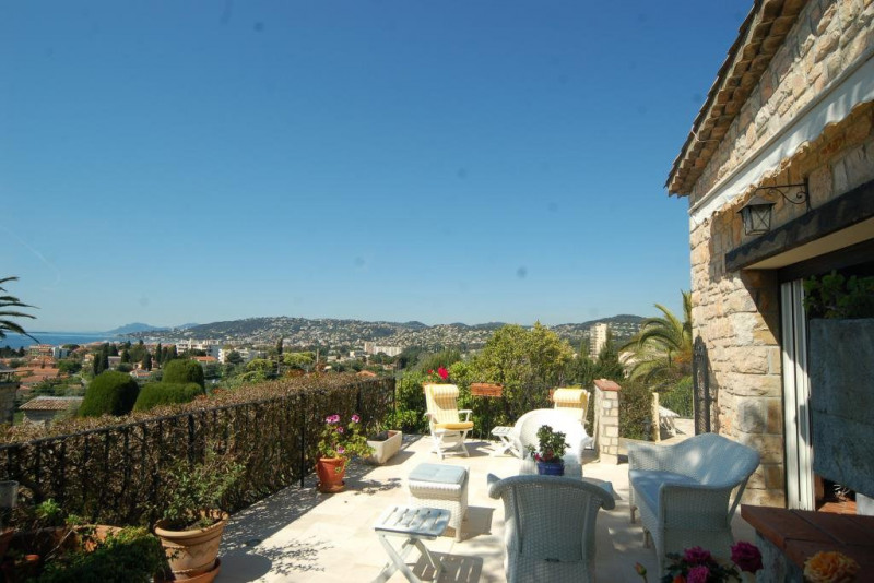 Deluxe sale house / villa Antibes 1 749 000€ - Picture 3