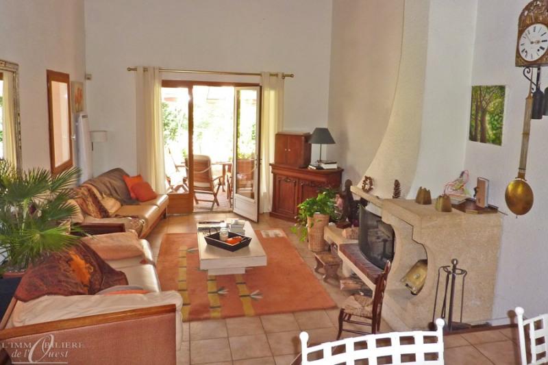 Deluxe sale house / villa Lissieu 475000€ - Picture 9