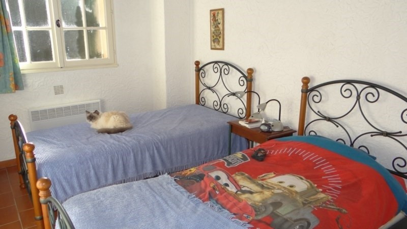 Vacation rental house / villa Cavalaire 1 600€ - Picture 9