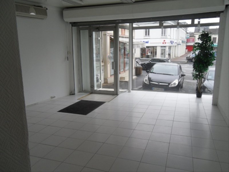 Location local commercial Liancourt 583€ HT/HC - Photo 3